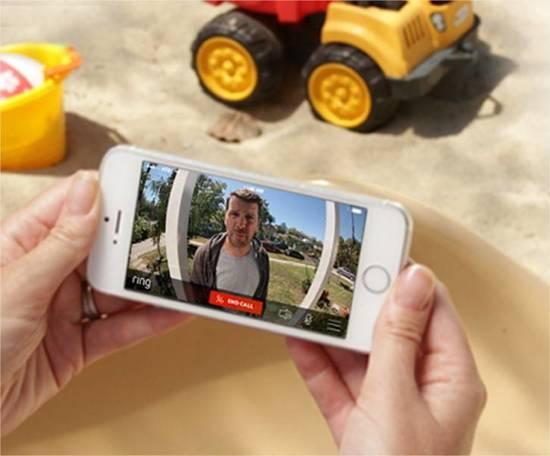 deurbel met camera bekijken via smartphone