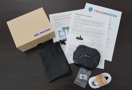 tracemaster gps tracker in the box